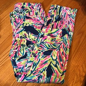 "Lilly Pulitzer Kelly pants ""palm reader"""